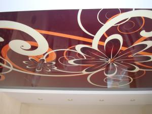 Фото: Пример натяжного потолка для спальни