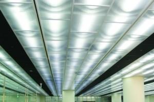 Потолок из поликарбоната — новаторское воплощение для дома
