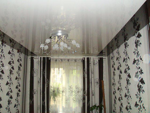 Фото: Натяжные потолки в квартире