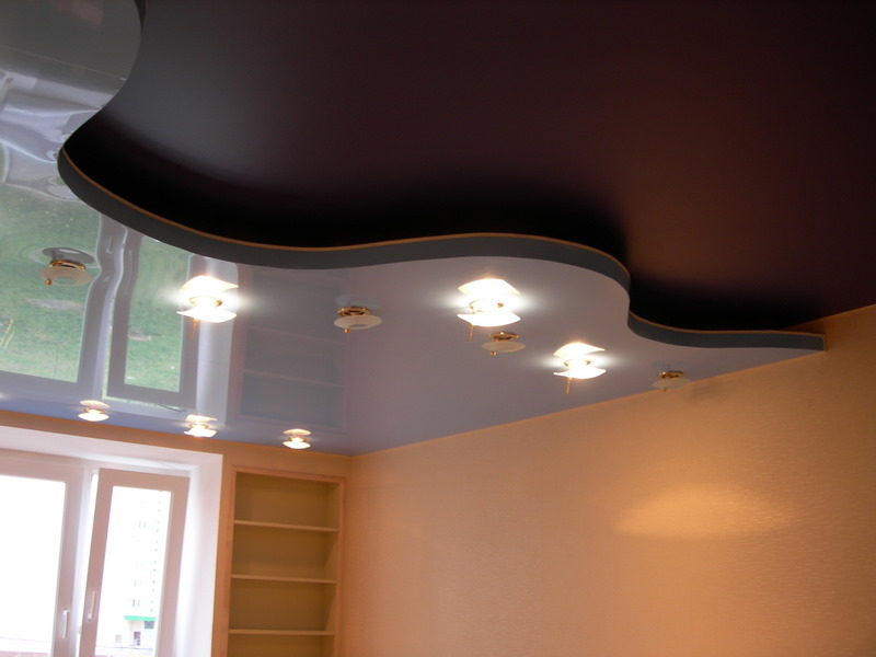 Фото: Матовый или глянцевый натяжной потолок?