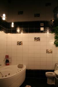 Фото: Поверхность в ванной
