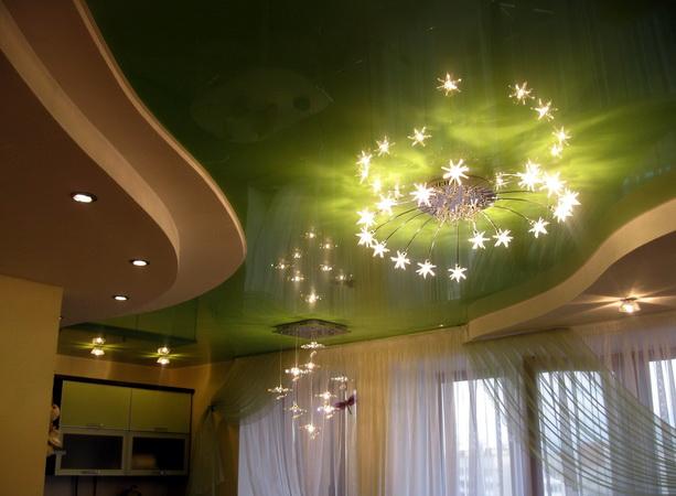 Фото: Дизайн потолка в кухне