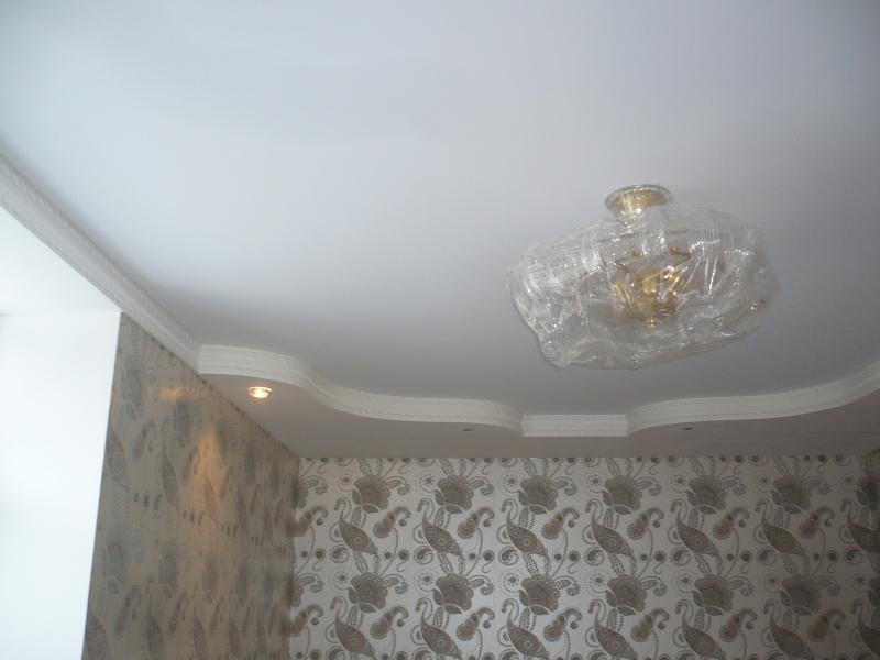Фото: Белые потолки