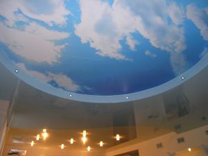 Какие самые красивые натяжные потолки?