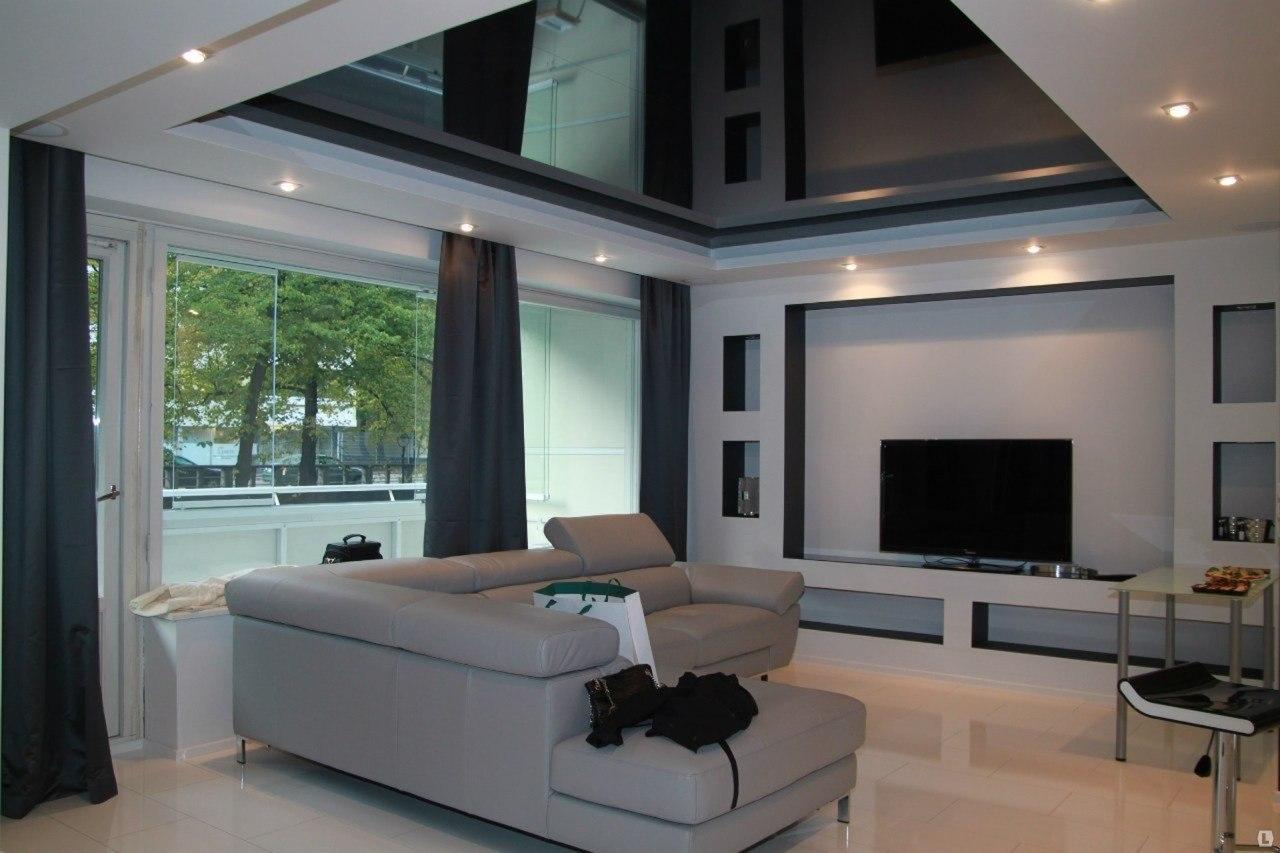 Черный глянцевый натяжной потолок фото в интерьере