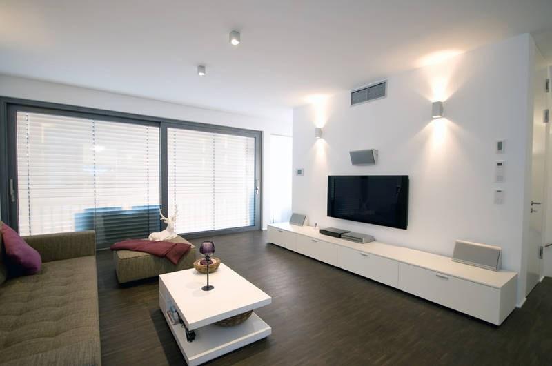 Какой натяжной потолок выбрать — матовый или сатиновый?