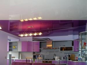 Фото: Двухцветные натяжные потолки