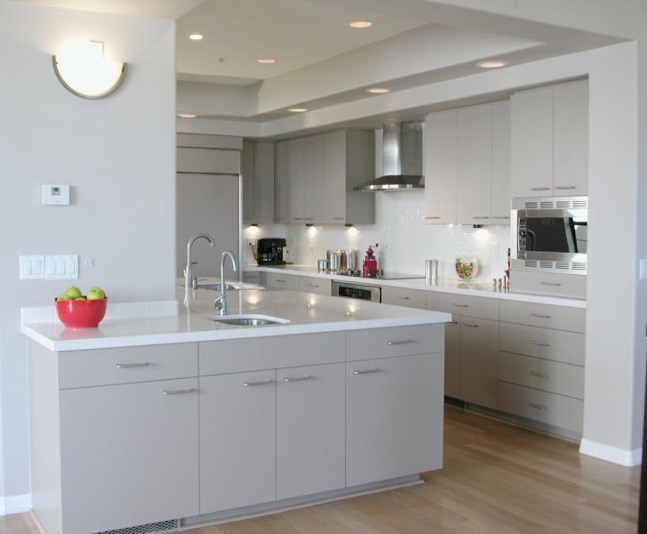 Фото: Белая кухня