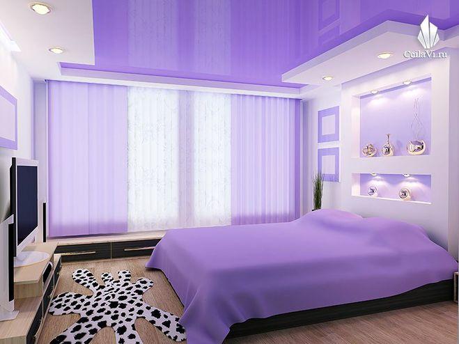 Фото: Натяжные потолки в комнате