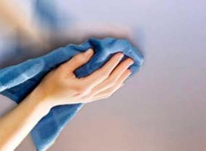 Фото: Чем мыть матовые натяжные потолки?