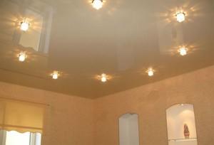 Одноуровневые потолки из гипсокартона: инструкция по монтажу с фото и видео