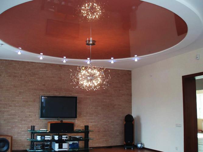 Круглый натяжной потолок — практичная конструкция на долгие годы