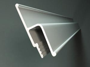 Фото: Стеновой багетный профиль