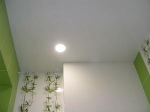Фото: Для небольших помещений подойдут светлые тона