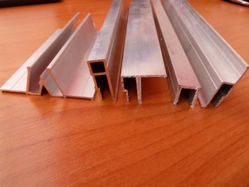 Poser plafond placo valence comment faire un devis for Trace peinture plafond
