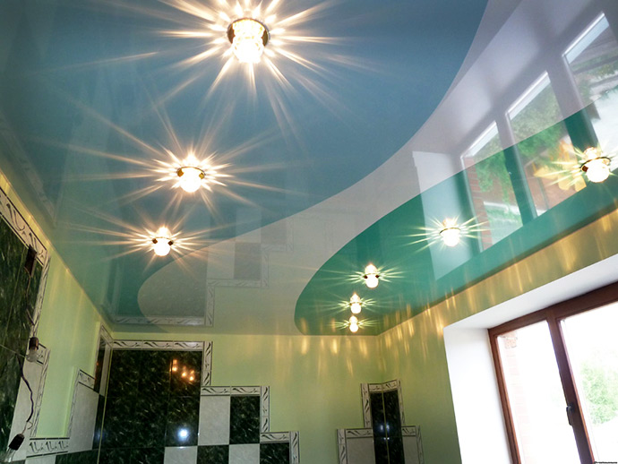 Фото: Светильники для натяжного потолка