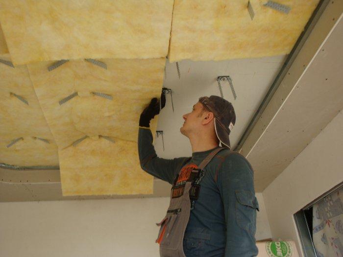 Как сделать звукоизоляцию потолка в квартире своими руками