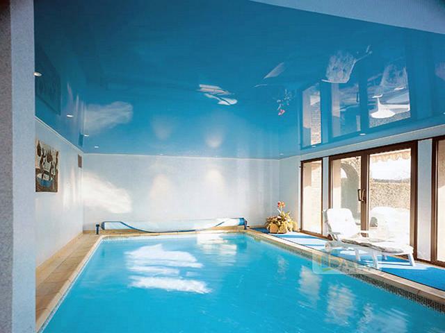 Фото: Поверхность для бассейна