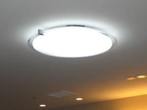 Фото: Люминесцентная лампа