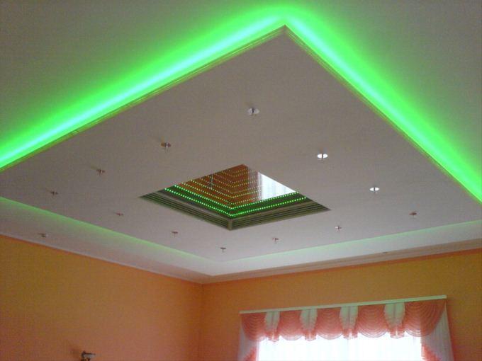 Потолок навесной с подсветкой
