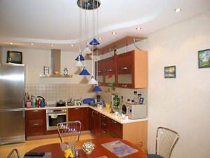 Подвесной потолок на кухне — модный и современный дизайн помещения