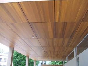 Фото: Дерево — отличный материал для жилого помещения