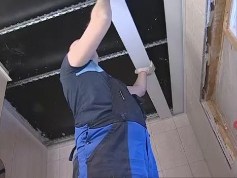 Монтаж шкаф окачен таван